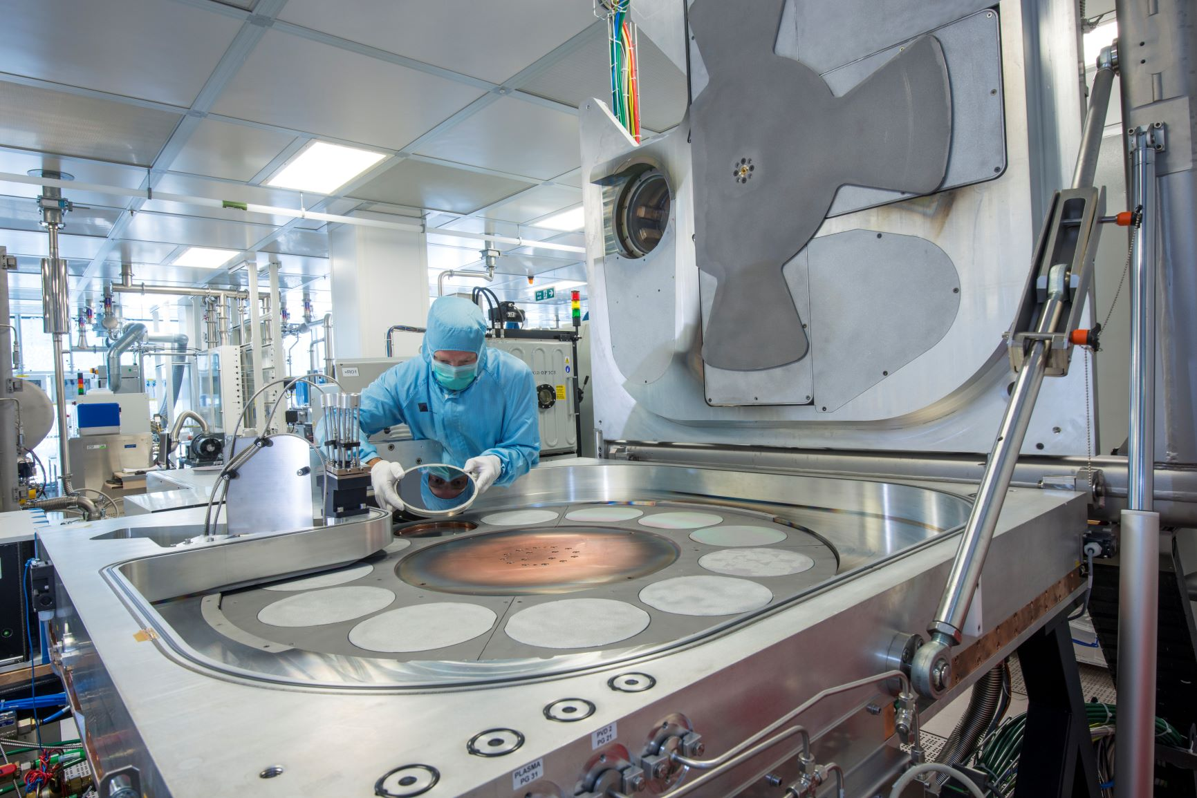 Buhler Leybold Optics Helios Sputtering Tool